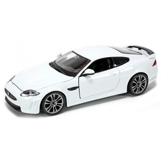 Speelgoedauto jaguar xkr s wit 1 24