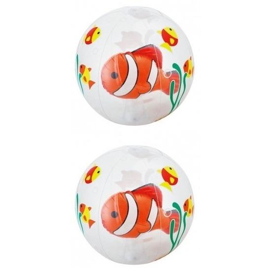 2x opblaas doorzichtige strandballen met vissen 61 cm waterspeelgoed