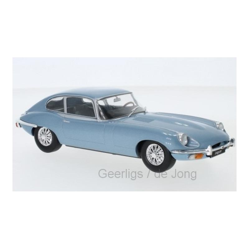 Speelgoedauto jaguar e type 1970 lichtblauw 1 24 19 x 7 x 7 cm