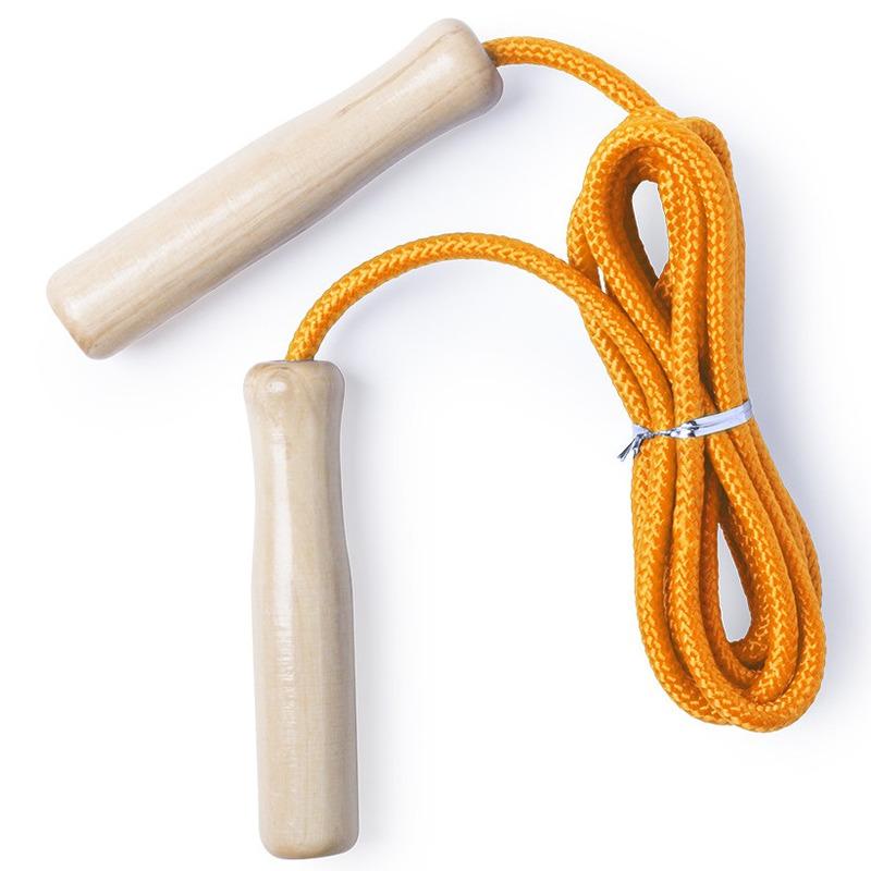 Buitenspeelgoed oranje springtouw 240 cm met houten grepen voor kinderen